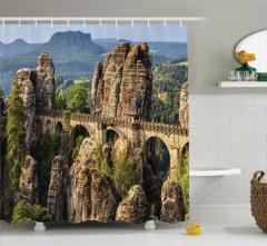 Antik Köprü ve Dağ Temalı Duş Perdesi Yeşil