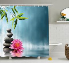 Taş Bambu ve Nilüfer Desenli Duş Perdesi Mavi Çiçek