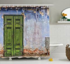 Duvar ve Kapı Temalı Duş Perdesi Mavi Yeşil Ahşap