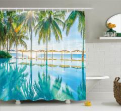 Turkuaz Havuz Manzaralı Duş Perdesi Yeşil Palmiye
