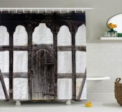 Ahşap Kapı ve Sütun Temalı Duş Perdesi Nostaljik