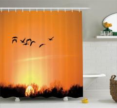 Kuş Sürüsü Orman ve Güneş Temalı Duş Perdesi Turuncu