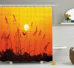 Güneş Sazlık ve Uçan Kuş Temalı Duş Perdesi Sarı