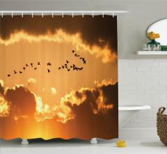 Kuş Sürüsü Bulut ve Güneş Temalı Duş Perdesi Sarı