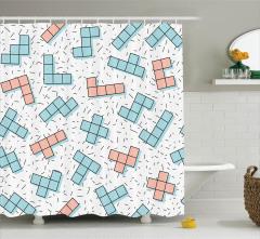 Beyaz Fonlu Tetris Desenli Duş Perdesi Pembe ve Mavi