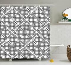 Siyah Beyaz Kafes Desenli Duş Perdesi Şık Tasarım