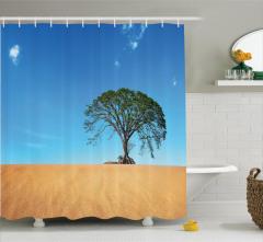 Yalnızlık Temalı Duş Perdesi Çölde Yemyeşil Ağaç