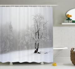 Kış Temalı Duş Perdesi Ormanda Karlı Hava Beyaz