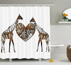 Zürafaların Aşkı Temalı Duş Perdesi Kahverengi Kalp