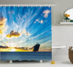 Denizde Gün Batımı Temalı Duş Perdesi Mavi Sarı Gemi