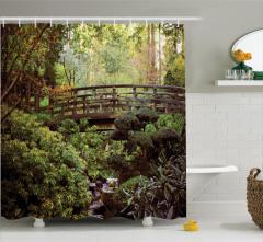 Saklı Cennet Temalı Duş Perdesi Ormanda Ahşap Köprü