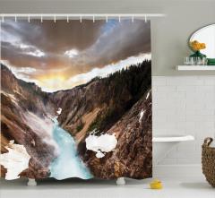 Dere Manzaralı Duş Perdesi Kanyonda Gün Batımı