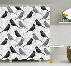 Gri Duş Perdesi Ağaçta Kuşlar Yaprak Desenleri