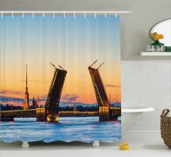 Ünlü Saray Köprüsü Duş Perdesi Denizde Gün Batımı