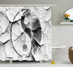 Yin Yang Desenli Duş Perdesi Siyah Beyaz Nostaljik