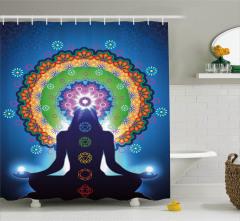 Meditasyon ve Çiçek Desenli Duş Perdesi Mavi Fonlu