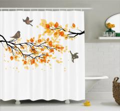 Sonbahar Temalı Duş Perdesi Dallarda Kuşlar Beyaz