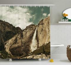 Şelale Manzaralı Duş Perdesi Dağ Doğa Kahverengi