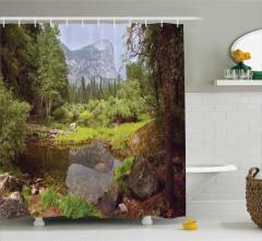 Nehir Manzaralı Duş Perdesi Orman Ağaç Yeşil Dağ