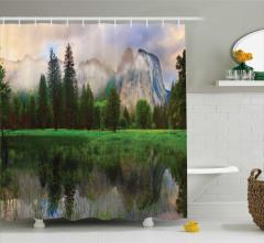 Doğada Huzur Temalı Duş Perdesi Ağaç Su Yeşil Dağ
