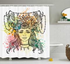 Boynuzlu Kadın Başı Desenli Duş Perdesi Rengarenk