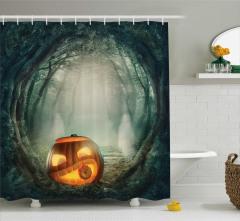 Perili Orman Temalı Duş Perdesi Cadılar Bayramı Ağaç