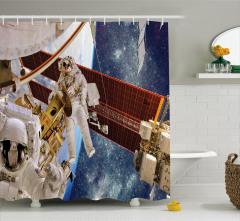 Astronot Temalı Duş Perdesi Uzay Beyaz Gezegen Mavi