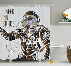 Astronot ve Çiçek Desenli Duş Perdesi Kahverengi
