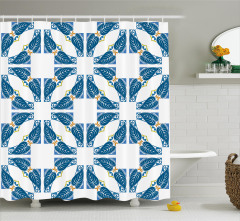 Mavi Yaprak ve Kare Desenli Duş Perdesi Şık Tasarım