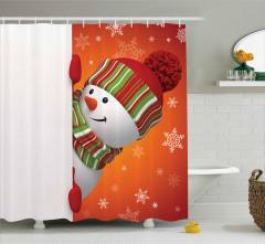 Kardan Adam Desenli Duş Perdesi Kırmızı Yeşil Kar