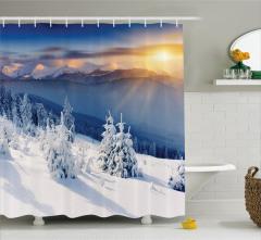 Karlı Dağ Manzaralı Duş Perdesi Gün Doğumu Beyaz