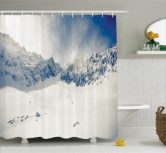 Kış Mevsimi Temalı Duş Perdesi Karlı Dağ Manzaralı