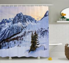 Karlı Dağ Manzaralı Duş Perdesi Beyaz Gökyüzü Doğa