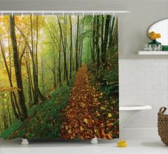 Doğada Yürüyüş Temalı Duş Perdesi Sonbahar Orman