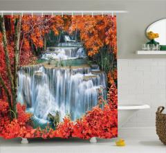Sonbahar Şelalesi Temalı Duş Perdesi Kırmızı Ağaç