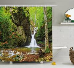 Şelale ve Yeşil Doğa Manzaralı Duş Perdesi Dekoratif