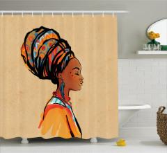 Küpeli Kız Portreli Duş Perdesi Etnik Temalı Bej Şık