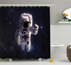 Uzaydaki Astronot Temalı Duş Perdesi Yıldız Lacivert