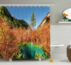 Dağların Arasındaki Göl Desenli Duş Perdesi Orman
