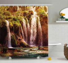Ormandaki Şelale Desenli Duş Perdesi Yeşil Doğa
