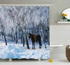 Karlı Orman ve At Duş Perdesi Dekoratif