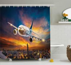 Yolcu Uçağı ve Gökdelenler Duş Perdesi Bulutlu