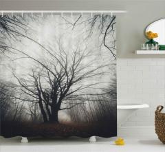 Çıplak Ağaçlar ve Yapraklar Duş Perdesi Sonbahar