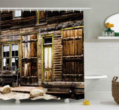 Ahşap Kapılı Eski Ev Duş Perdesi Kahverengi
