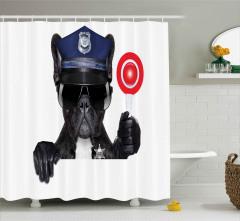 Güneş Gözlüklü Buldog Polis Duş Perdesi Dur