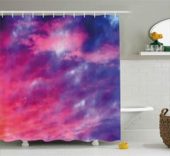 Pembe ve Mor Bulutlar Duş Perdesi Gökyüzü Desenli