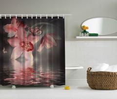Pembe Çiçek ve Kelebek Desenli Duş Perdesi Trend Su