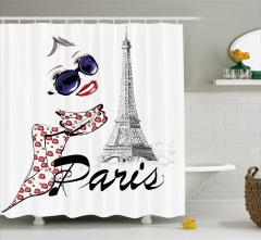 Eyfel Kulesi ve Fularlı Kız Duş Perdesi Paris