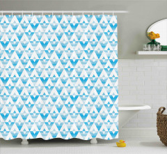 Sulu Boya Üçgen Desenli Duş Perdesi Geometrik Şık