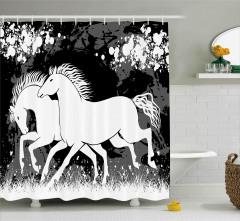 Dört Nala Koşan Atlar Duş Perdesi Beyaz ve Siyah